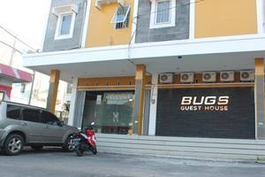 Bugs Guest House Tegal - Eksterior