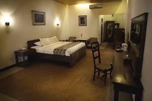 Balemong Resort Semarang - Kamar Executive 1