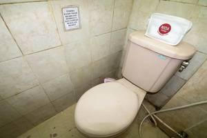 NIDA Rooms Ring Road Utara 5 Jogja - Kamar mandi