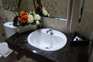 Hotel Gren Alia Prapatan Jakarta - Wastafel
