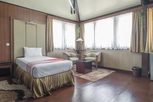 OYO 1090 Hotel Anging Mammiri Makassar