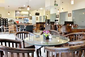 ZenRooms Benhil Tondano - Restoran