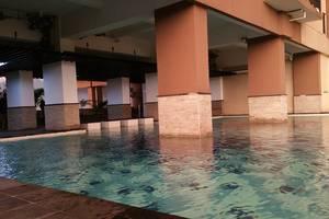 Tamansari Panoramic Bandung - Afternoon Swimming Pool