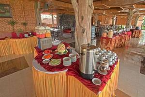 Danau Dariza Resort Hotel Garut - Ruang makan