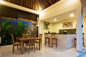 Sandi Agung Villa Bali - Ruang Makan