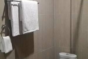 Sutan Raja Guest House Bandung - Kamar mandi