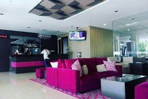 Viva Hotel Kediri - Lobby