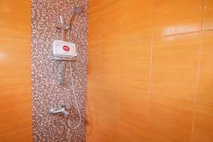 NIDA Rooms South Alun-Alun Kraton 3 Jogja - Kamar mandi