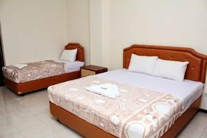 Hotel deKOPEN Malang Malang - Kamar tamu