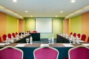 Ibis Budget  Semarang Tendean - Ruang Rapat