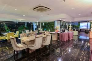 Cendana Premiere Hotel by Lariz Surabaya - Resturant
