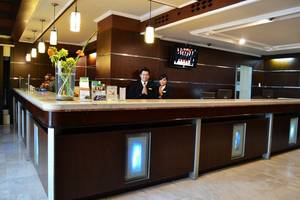 Hotel Polonia Medan - Resepsionis