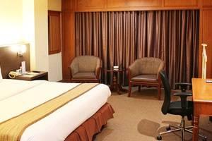 Hotel Polonia Medan - DELUXE ROOM