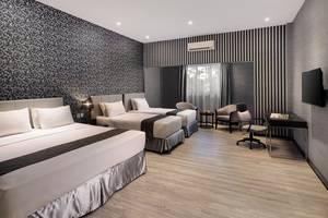 Hotel Polonia Medan - GRAND FAMILY ROOM