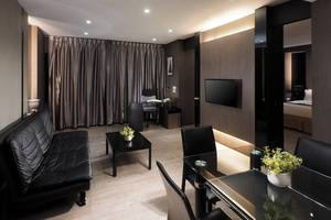 Hotel Polonia Medan - LIVING ROOM EXEC.SUITE