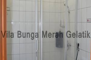 Villa Bunga Merah Gelatik Gelatik - Bathroom