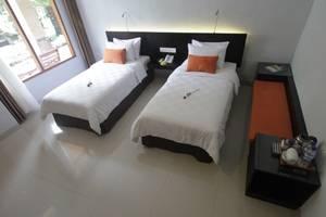 Fourteen Roses Hotel Bali - Kamar Classic Deluxe