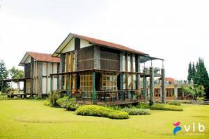 Villa Adelia Istana Bunga - Lembang Bandung