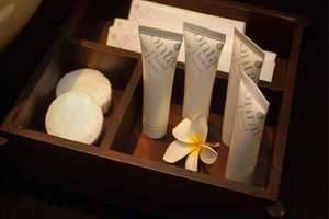 Fontana Hotel Bali a PHM Collection Bali - Kamar mandi