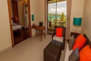 Natsepa Resort Ambon - Ruang tamu