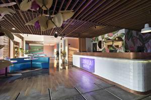 Liberta Seminyak Hotel - lobby dan lounge