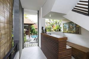 RedDoorz @Danau Meninjau Sanur Bali - Resepsionis