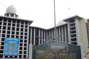 Hotel Amaris Senen - MASJID ISTIQLAL