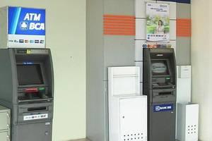 Centro City Service Apartment Jakarta - Fasilitas ATM Center