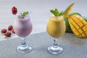 Centro City Service Apartment Jakarta - Strawberry Smoothies & Mango Smoothies