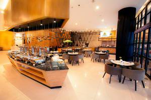 Golden Tulip Pontianak - Breakfast buffet di Branche Restaurant