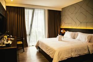 Golden Tulip Pontianak - Queen Room