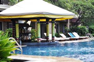 Best Western Resort  Kuta - Bar kolam renang