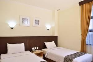 Uny Hotel Yogyakarta - Deluxe Room