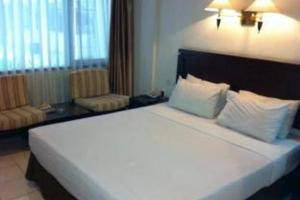 Hotel Guntur Bandung - Superior Queen