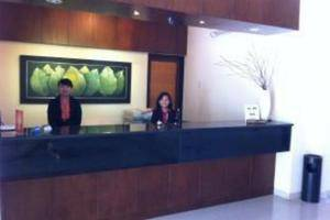 Hotel Guntur Bandung - Receptionist