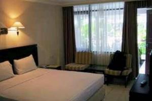 Hotel Guntur Bandung - Deluxe Queen