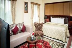 Hotel Jusenny Jakarta - Kamar tamu