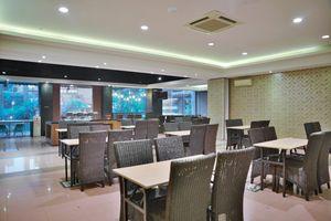 Hotel Jusenny Jakarta - Lokasi Makan