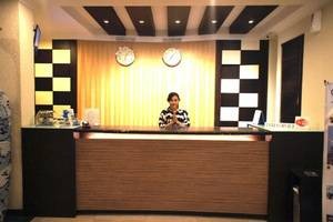 Sky View Hotel Batam - Reception