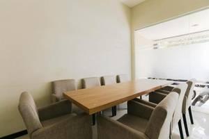 Ardhya Guest House Surabaya - Ruang Rapat