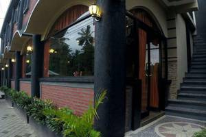 Cafe Johan Home Stay Senggigi - Eksterior