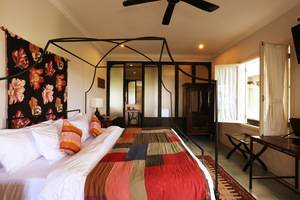 Brown Feather Hotel Bali - Suite Magena