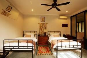 Brown Feather Hotel Bali - Tempat tidur Twin