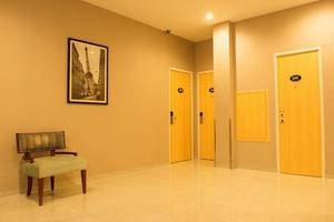 The Luxe Guest House Balikpapan - Interior