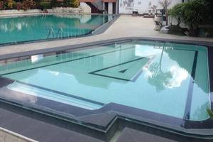 Hotel & Restaurant Bandung Permai Jember - Kolam Renang