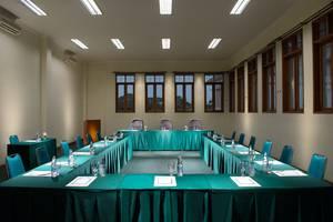 Sany Rosa Bandung - Meeting Room