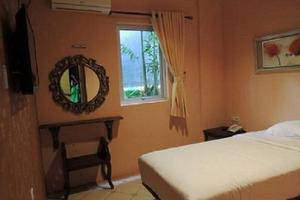 Twins Hotel Mangga Dua - Single Room
