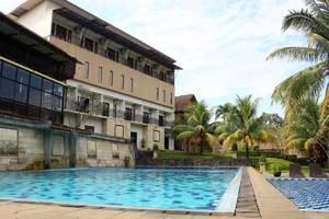 Bumi Cikeas Resort Bogor - Kolam Renang