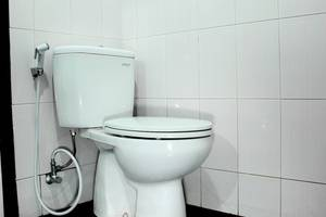 RedDoorz @Cipaku Bandung - Kamar mandi