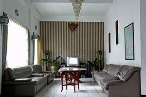 RedDoorz @Cipaku Bandung - Interior